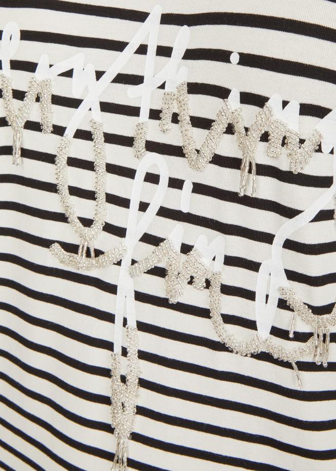 Romantisches Ringel-Shirt mit Schriftzug aus Perlen /