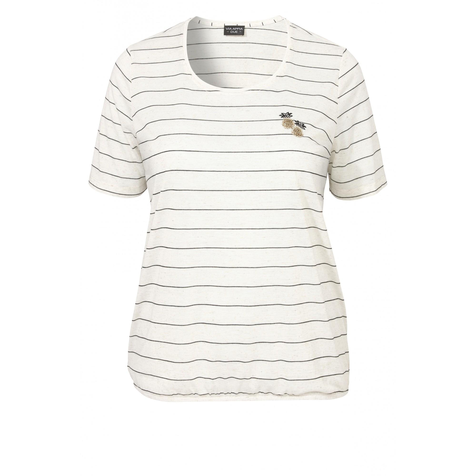 Sommerliches Shirt mit Streifen