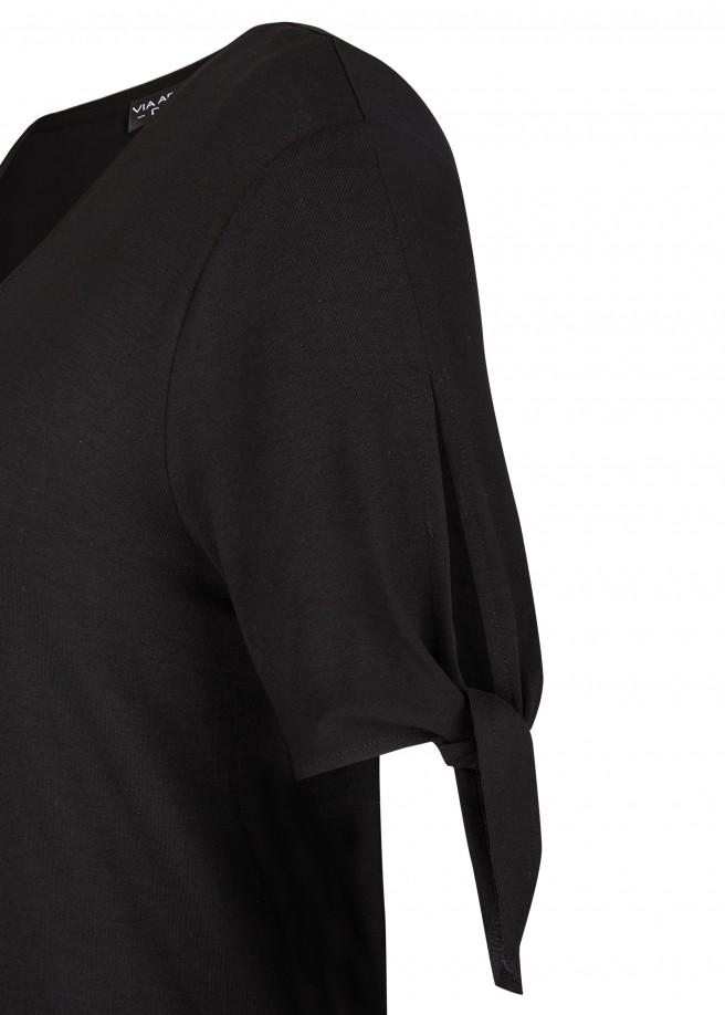 Sommerliches Kleid mit geschnürten Ärmeln /