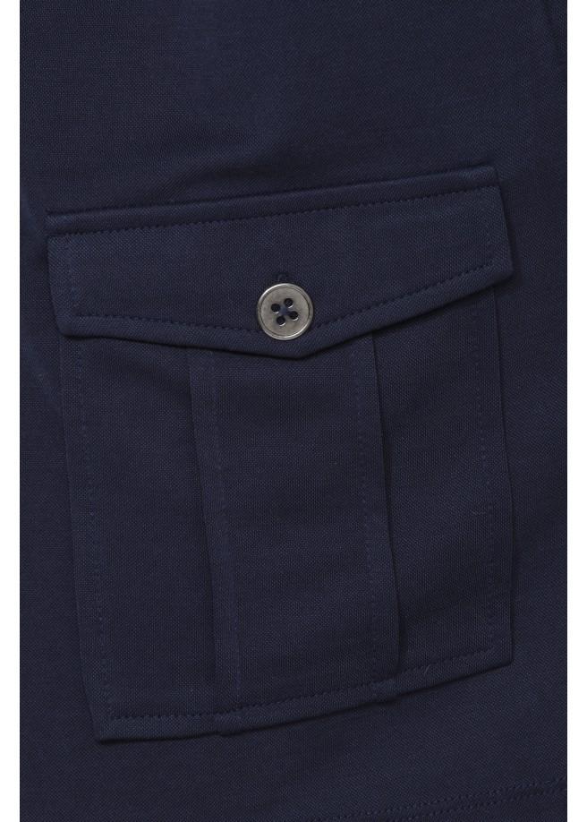 Verschlusslose Jacke mit Taschen /