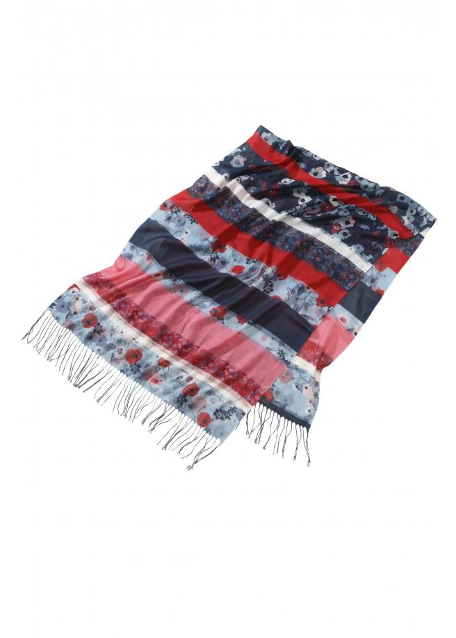 Romantischer Schal mit Fransen /
