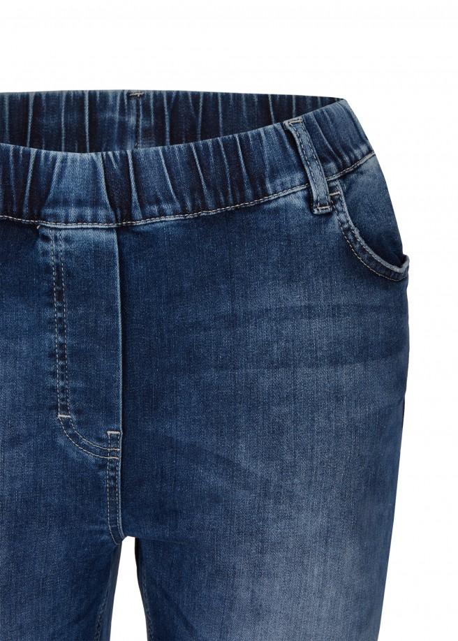 Trendige Jeans mit cooler Waschung /
