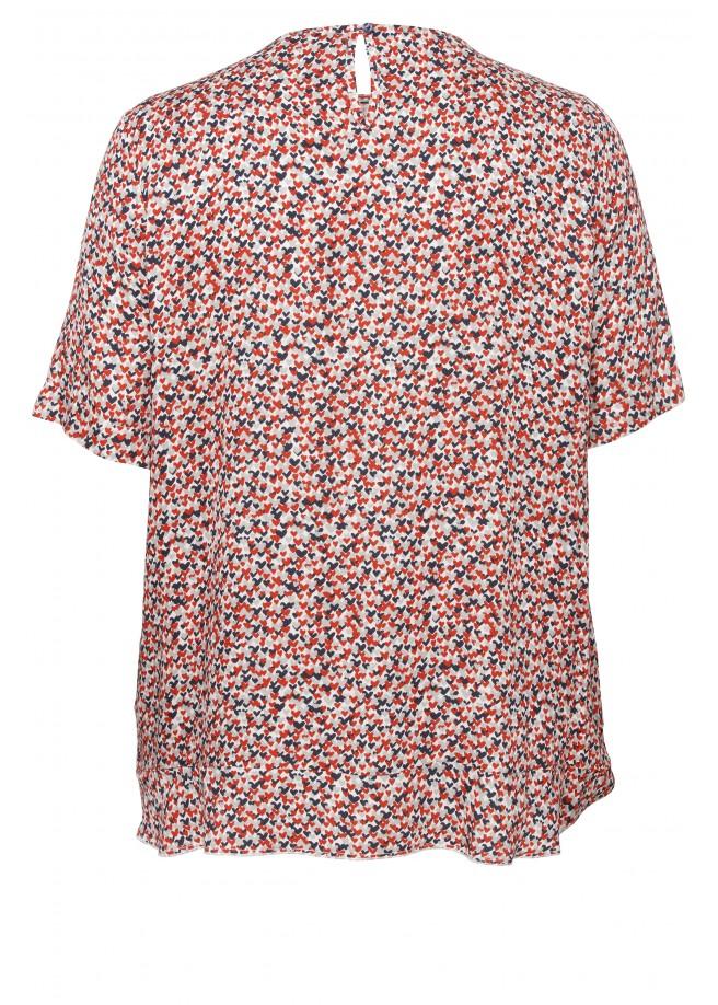 Verspieltes Shirt mit Herzen /