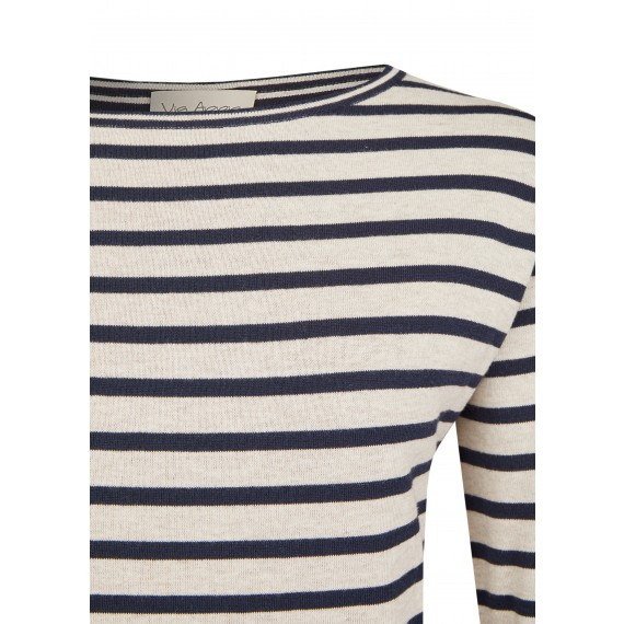 Warmer Pullover mit Ringel-Muster /