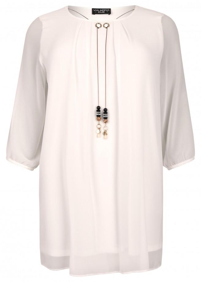 Elegante Bluse mit Anhänger-Verzierung /