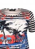 Fröhliches T-Shirt mit Mustermix /