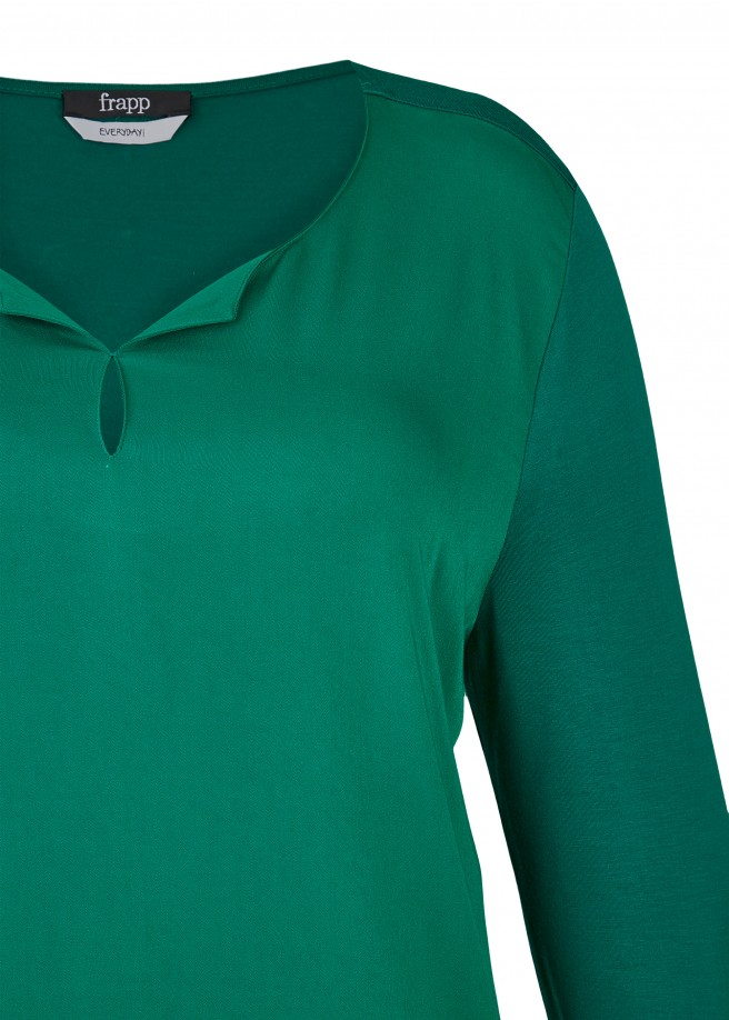 Einfarbiges Langarm-Shirt mit Materialmix /