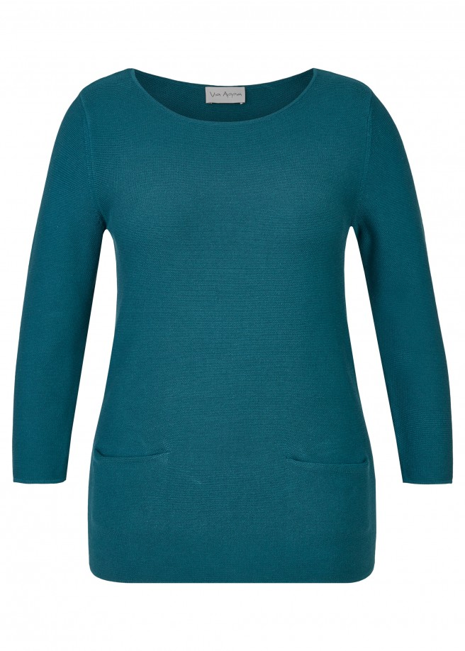 Cleaner Pullover mit Materialstruktur /