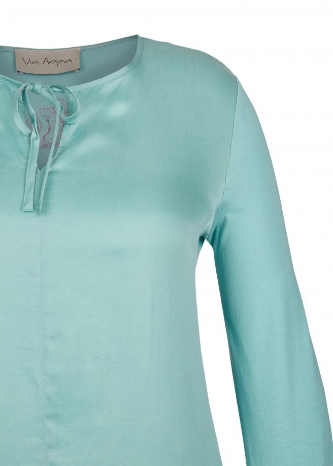 Anmutiges Blusen-Shirt mit Ausschnitt-Schnürung /